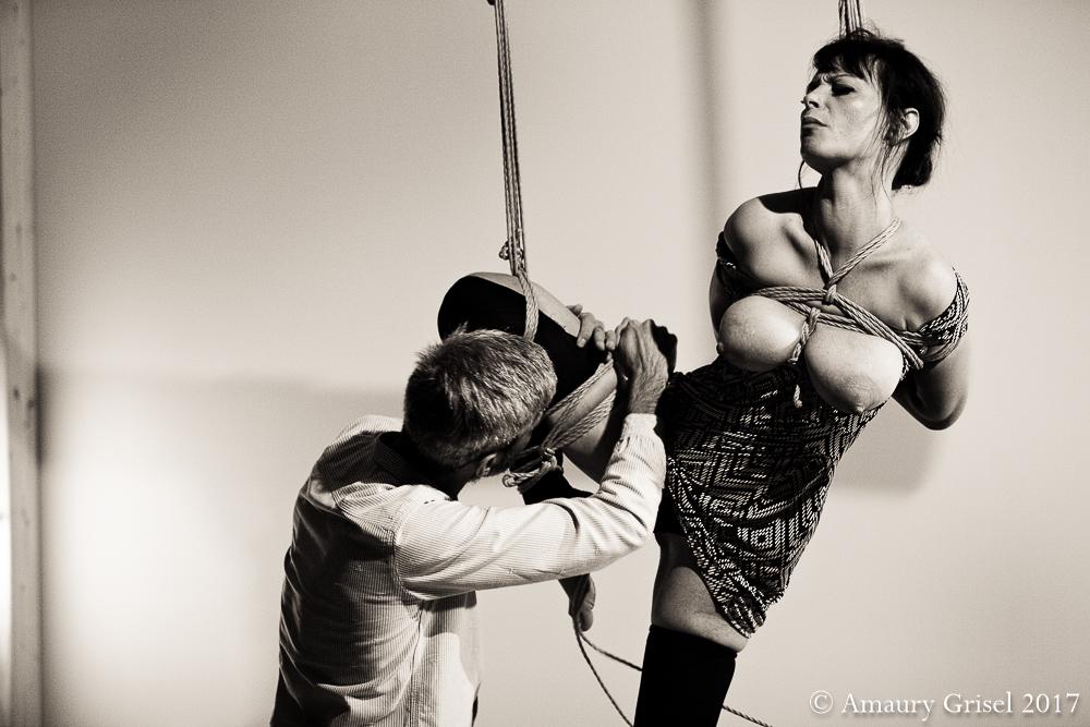 Performance kinbaku Turin Amaury Grisel 06