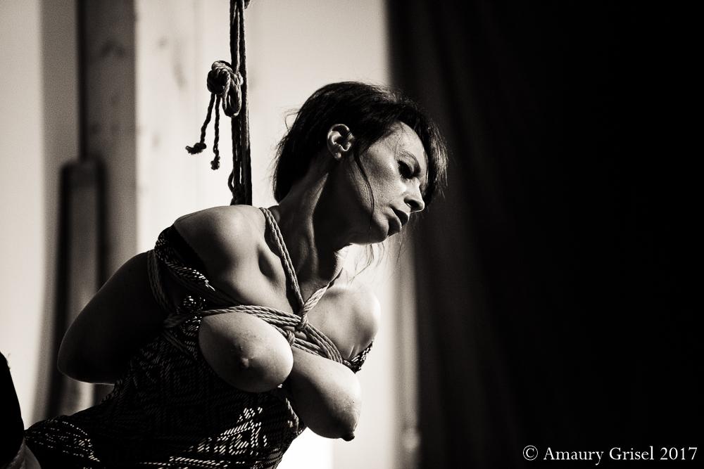 Performance kinbaku Turin Amaury Grisel 07